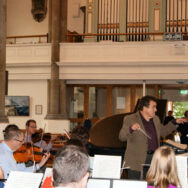 Oriflamme rehearsing Beethoven's Emperor Concerto with Julian Hellaby 2013